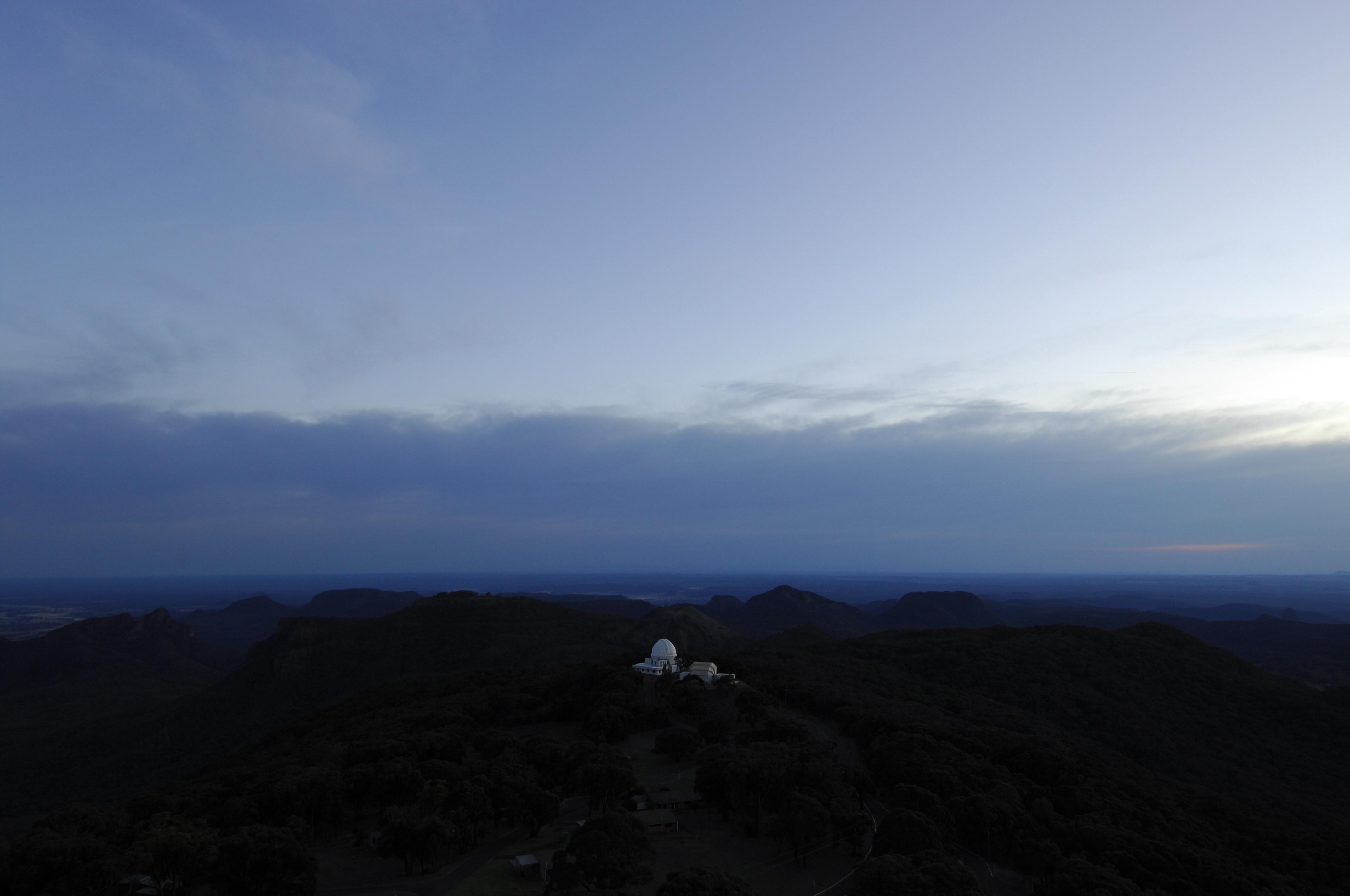 Siding Spring Observatory at dusk